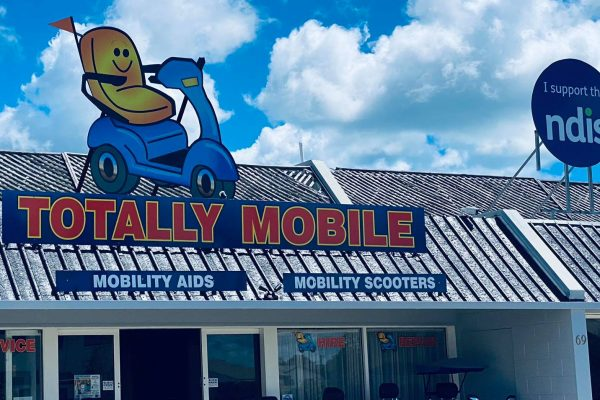 large-shop-sign-printed-installed-totally-mobile