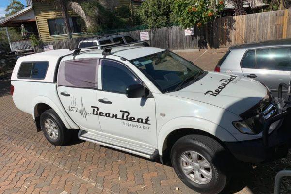 vinyl-car-decal-stickers-ute-bean-beat