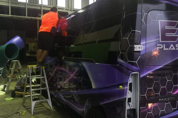 vinyl-car-wrap-van-hervey-bay-classic-coatings